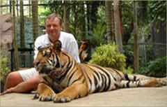 Судариков Игорь Витальевич с тигром